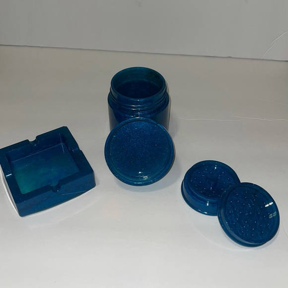 Blue smokers kit